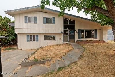 Yakima Single Family Home For Sale: 3207 Gregory Ave