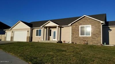 Selah Single Family Home For Sale: 1475 Valhalla Lp