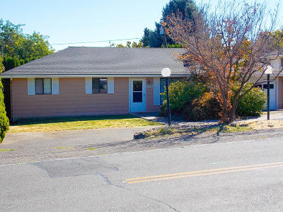 Yakima Single Family Home For Sale: 613 N 48th Ave