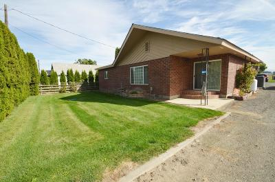 Yakima Single Family Home For Sale: 1817 Riverside Rd