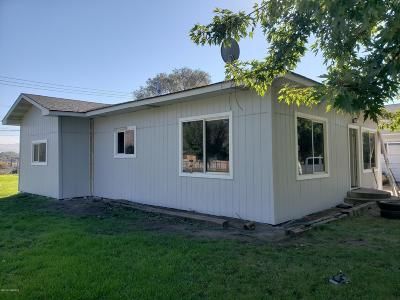 Yakima Single Family Home For Sale: 515 N 7th St
