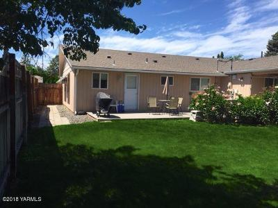 Yakima Multi Family Home For Sale: 705 S 45th Ave