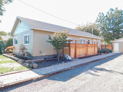 Selah WA Single Family Home For Sale: $235,000