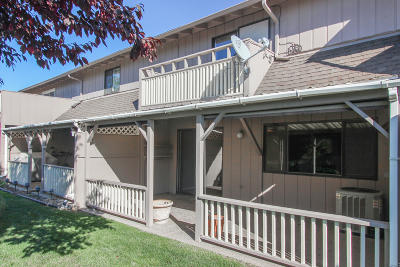 Yakima Condo/Townhouse Ctg Financing: 701 S 38th Ave #18