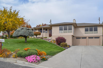 Yakima Single Family Home Contingent: 6207 Douglas Dr