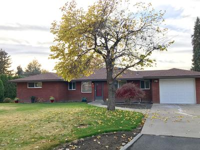 Yakima Single Family Home For Sale: 414 S 59th Ave