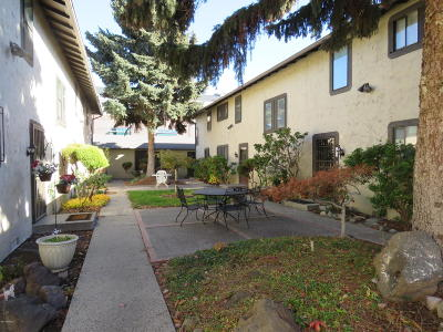 Yakima Condo/Townhouse Contingent: 207 S 8th Ave #2