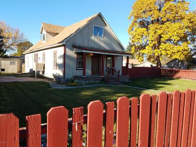 Yakima Single Family Home For Sale: 720 N 6th St