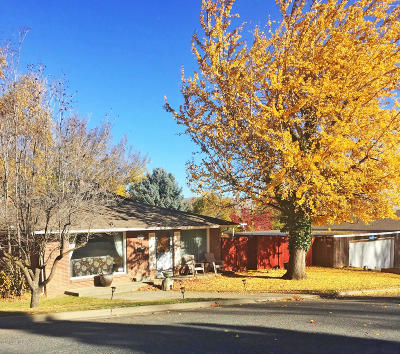 Yakima Single Family Home For Sale: 621 S 22nd Ave