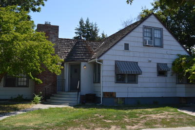 Yakima Multi Family Home For Sale: 211 S 40th Ave