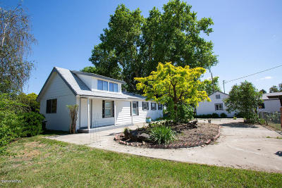 Toppenish Single Family Home For Sale: 83 S Martin Rd