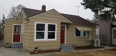 Yakima Single Family Home Contingent: 709 S 10th Ave