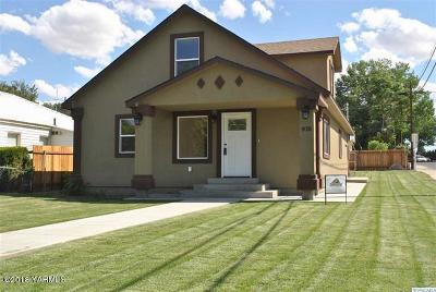 Grandview Single Family Home For Sale: 916 W 4th St