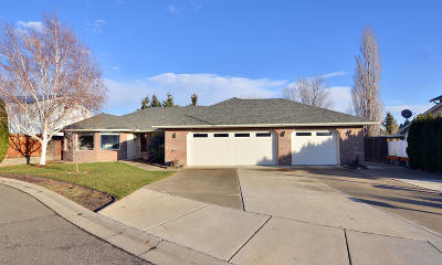 Yakima Single Family Home For Sale: 109 N 91st Ave