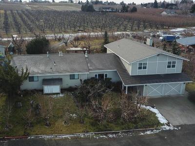 Yakima Single Family Home For Sale: 1207 Pecks Canyon Rd