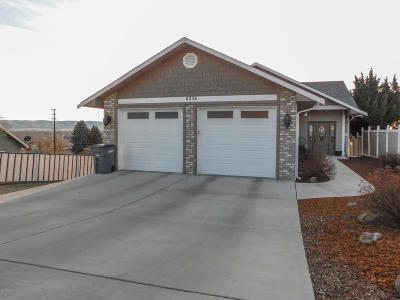 Yakima Single Family Home For Sale: 4206 E Hillcrest Dr