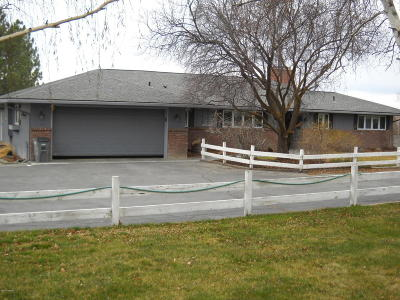 Selah Single Family Home Ctg Financing: 310 Lampe Rd
