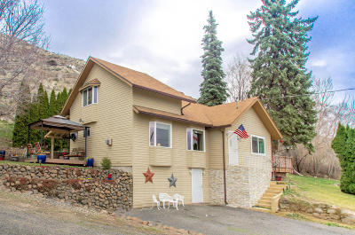Naches, Cowiche, Tieton, Gleed, Moxee, Union Gap Single Family Home Ctg Financing: 6991 Old Naches Hwy