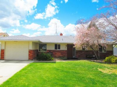 Yakima Single Family Home For Sale: 810 S 35th Ave