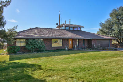 Yakima Single Family Home For Sale: 801 Crest Dr