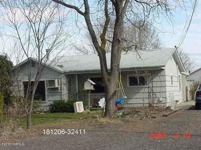 Yakima County Single Family Home For Sale: 2713 S 90th Ave