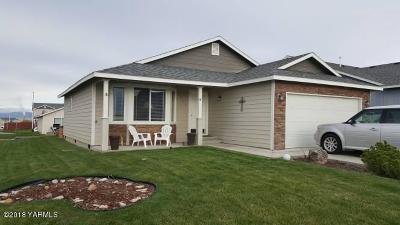 Naches, Cowiche, Tieton, Gleed, Moxee, Union Gap Single Family Home Contingent: 502 N Iler St