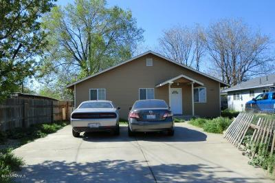 Yakima Multi Family Home For Sale: 204 E R St