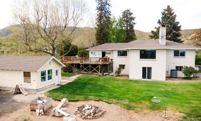 Naches Single Family Home For Sale: 980 Clemans Dr
