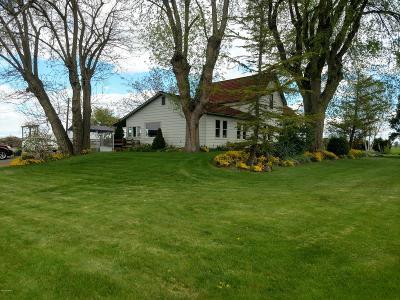 Sunnyside Single Family Home For Sale: 8701 &8703 Vanbelle Rd