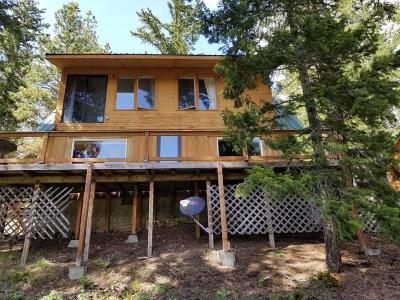 Yakima County Single Family Home For Sale: 37421 Hwy 12 #11