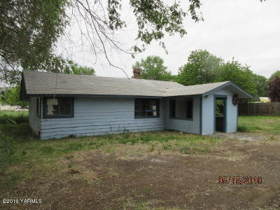 Yakima Single Family Home For Sale: 2208 S 1st Ave