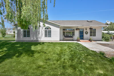 Yakima Single Family Home For Sale: 11412 Wide Hollow Rd