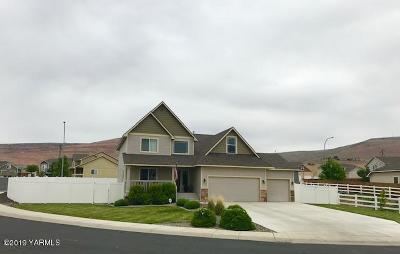 Yakima Single Family Home For Sale: 4705 Goat Rocks Ct