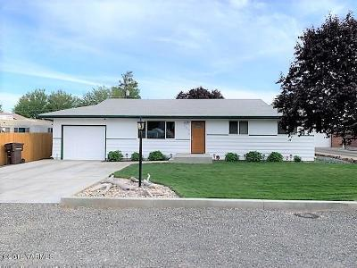 Yakima Single Family Home For Sale: 1608 W King St