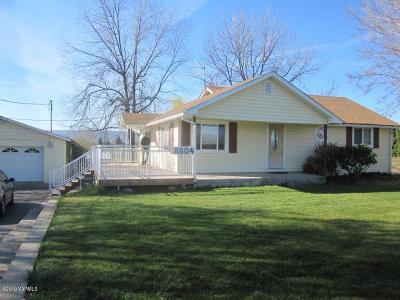 Yakima County Single Family Home Contingent: 8804 Zier Rd