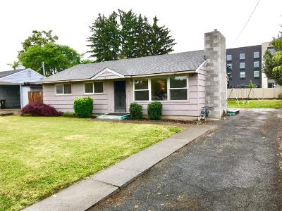 Yakima Single Family Home For Sale: 2407 Clinton Way