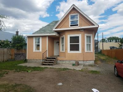 Yakima Single Family Home For Sale: 711 S Naches Ave