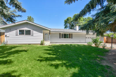 Yakima Single Family Home Contingent: 6903 Chinook Dr
