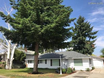 Yakima Single Family Home Contingent: 611 N 51st Ave