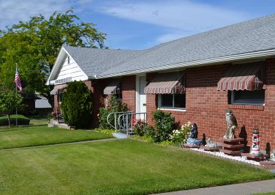 Yakima Condo/Townhouse Contingent: 243 N 38th Ave