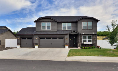 Yakima Single Family Home Contingent: 7803 Fremont Way