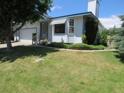 Yakima Single Family Home For Sale: 320 S 76th Ave