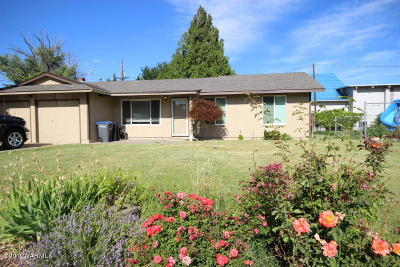Yakima Single Family Home For Sale: 901 S 37th Ave