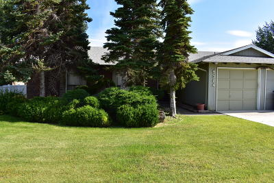 Yakima County Single Family Home For Sale: 5304 Meadow Lane Ct