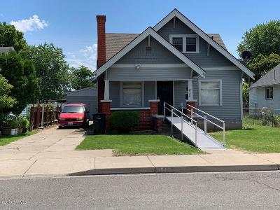 Toppenish Single Family Home Ctg Financing: 212 N Alder St
