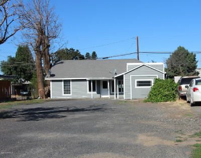 Yakima Single Family Home For Sale: 606 S 10th Ave