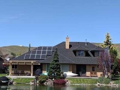 Yakima Single Family Home For Sale: 2006 White Pine Ct