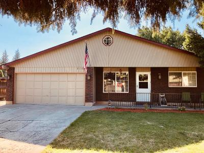 Yakima County Single Family Home For Sale: 210 N 50th Ave