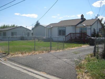 Yakima Single Family Home For Sale: 1106 S 68th Ave