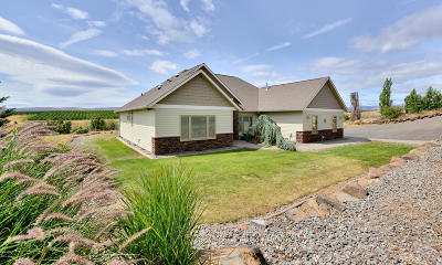 Yakima Single Family Home For Sale: 1800 Cook Rd